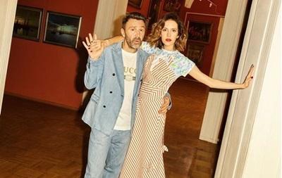 Жена Шнурова прокомментировала информацию о разводе с певцом