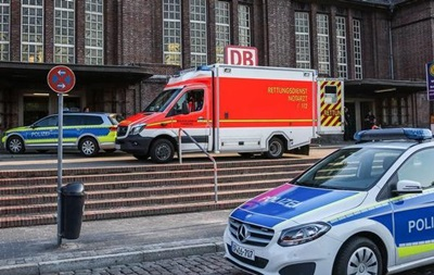 В Германии мужчина напал с ножом на пассажира поезда