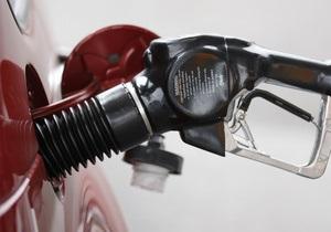 В Беларуси вновь подорожал бензин. Стоимость литра 95-го достигла 5,70 грн