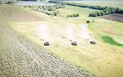 В ООС показали боєготовність українських танків
