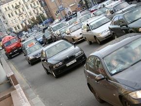 В Киеве утвердили новые правила парковки автомобилей