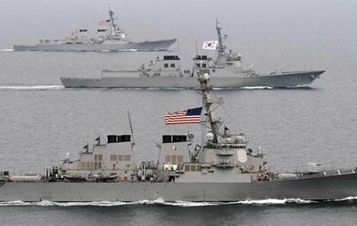 Южная Корея и США приостановят крупные совместные маневры