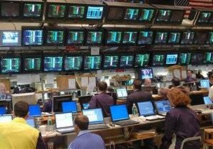 Рынки: торги проходят при противоречивых настроениях