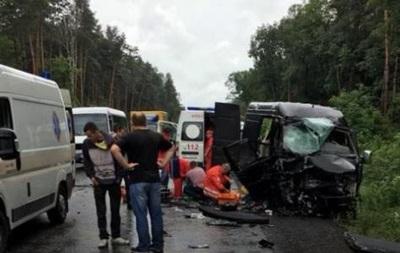 На Львовщине белорусы попали в ДТП: восемь пострадавших
