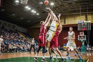 Українські баскетболісти розгромно програли в Києві Латвії