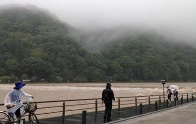 В Японии из-за ливней эвакуируют тысячи людей