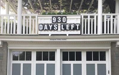 У США встановили годинник, що рахує дні до закінчення президентства Трампа
