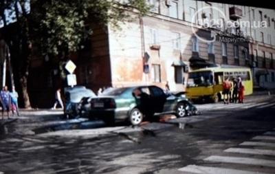 У Маріуполі ДТП з маршруткою: семеро постраждалих