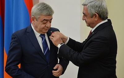 В Армении выдвинули обвинения семье экс-президента