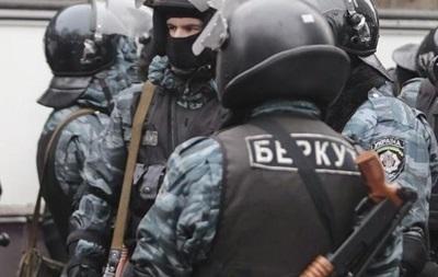Екс-беркутівець, який працює в поліції, отримав підозру у справі Майдану