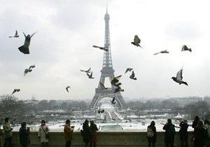 Туристы стали реже посещать Эйфелеву башню