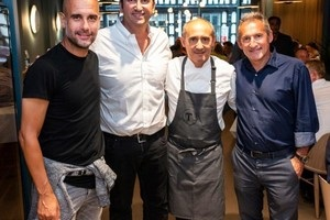 Гвардиола открыл ресторан каталонской кухни в Манчестере