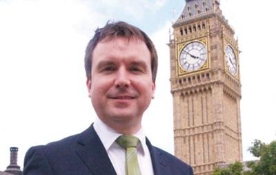 Британський міністр пішов у відставку через сексуальні домагання