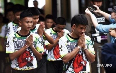 Тайські діти розповіли, як переносили  печерний полон