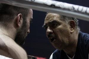 Тренер Гассієва: Якщо Усик битиметься, як з Брієдісом, - опиниться на настилі рингу