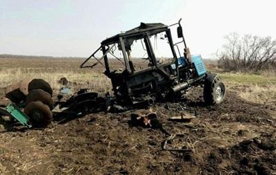 У Маріуполі під час польових робіт підірвався трактор