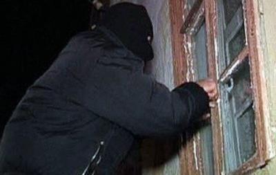 В Черниговской области связали и пытали сельского священника с женой