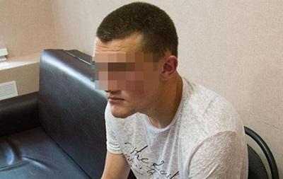 В Николаеве пьяный военный задушил и ограбил возлюбленную