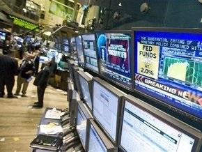 На мировых рынках замедлилось падение индексов