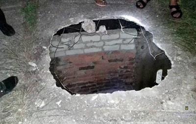 Знайденого в колекторі військового вбили товариші по службі - поліція