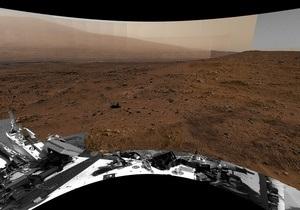 Марсоход Кьюриосити продолжает двигаться к горе Шарп