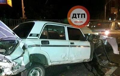 У Києві вночі сталася масштабна ДТП