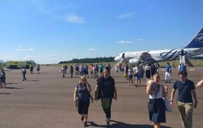 В аеропорту Гельсінкі загорівся літак з пасажирами