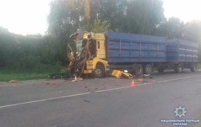У Сумській області водій фури загинув у зіткненні з вантажівкою