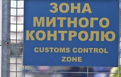 На кордоні з Польщею через збій техніки не працювала митниця