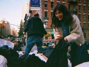 Корреспондент: Западная молодежь выражает протест, питаясь из мусорных баков