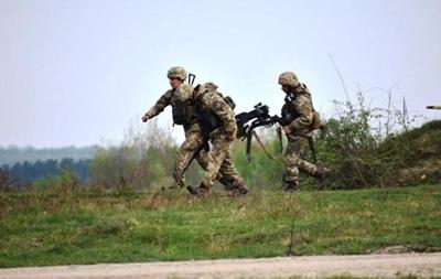 Доба на Донбасі: 36 обстрілів, втрат немає