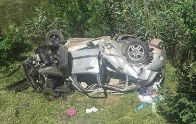 В Одеській області авто злетіло з траси під міст