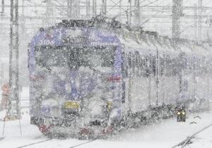 Непогода - движение поездов - Прибытие ряда поездов в Киев задерживается в связи с ухудшением погодных условий