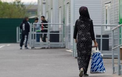 В Германии сократилось число нападений на беженцев