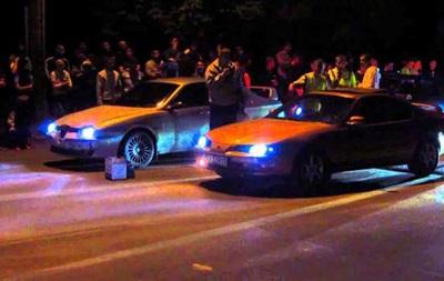У Рівному вуличні гонки закінчилися зіткненнями з поліцією