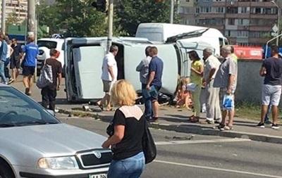 ДТП в Деснянском районе Киева: полиция рассказала детали