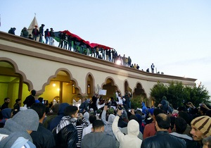 После эвакуации своих граждан Украина обещает эвакуировать из Ливии граждан других стран