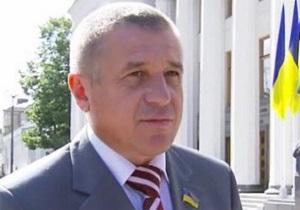 СМИ: Депутаты, которых не переизбрали в Раду, не хотят выезжать из служебных квартир