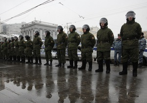 Полиция взяла под контроль центральные площади Москвы