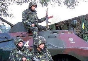 Тимошенко обещает сразу после победы на выборах отменить срочную службу в армии