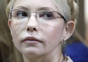 Тимошенко требует предоставить ей возможность давать интервью СМИ
