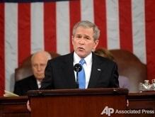 Ъ: Джорджа Буша бросили на украинский фронт