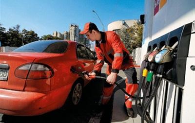 Заправимо дорого. Чому підскочили ціни на бензин