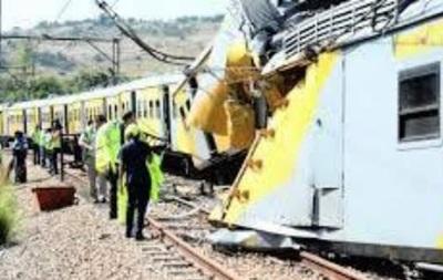 У ПАР зіткнулися два поїзди, постраждали 100 осіб
