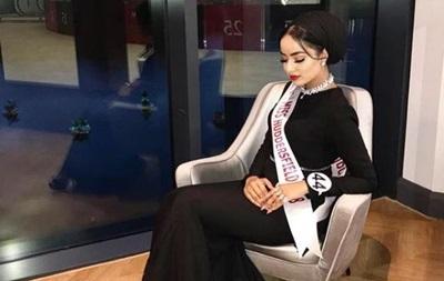 У фінал Міс Англія вперше вийшла конкурсантка в хіджабі