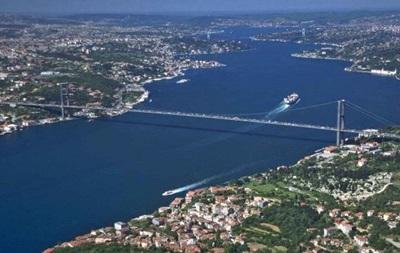 Туреччина ввела нові правила транзиту через Босфор і Дарданелли