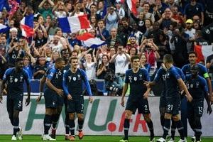Дві золоті зірки і Марсельєза: як французькі фанати зустрічали переможців ЧС-2018