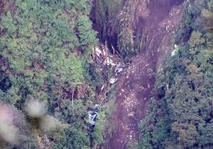 Крушение Sukhoj SuperJet-100: Найден хвост самолета, в котором находятся черные ящики