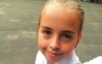 Біля школи в Києві зникла дев ятирічна дівчинка