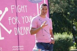Владимир Кличко продаст свою картину на аукционе во Флоренции
